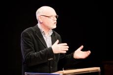 Dr. Winrich Meiszies, Leiter des Theatermuseums der Landeshauptstadt Düsseldorf, eröffnete mit einem Vortrag zu Gustav Gründgens, dem berühmtesten Schüler des Intendantenehepaares