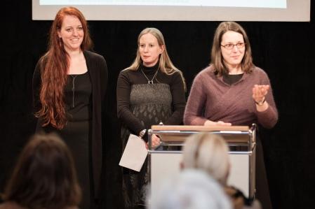 """Initiatorinnen und Lehrende im Projekt """"Louise Dumont an Gustav Lindemann"""": Dr. (des.) Jasmin Grande, Dr. Karoline Riener, Nina Heidrich M.A."""