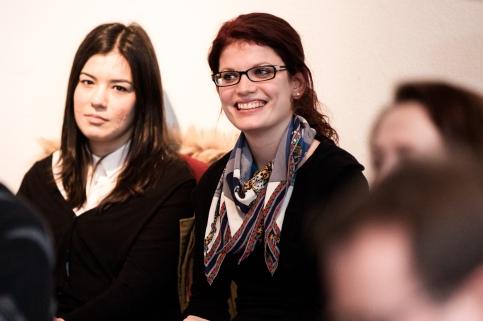 """Derya Bozkurt und Nina Pferdmenges, Projektseminar """"Louise Dumont an Gustav Lindemann"""""""